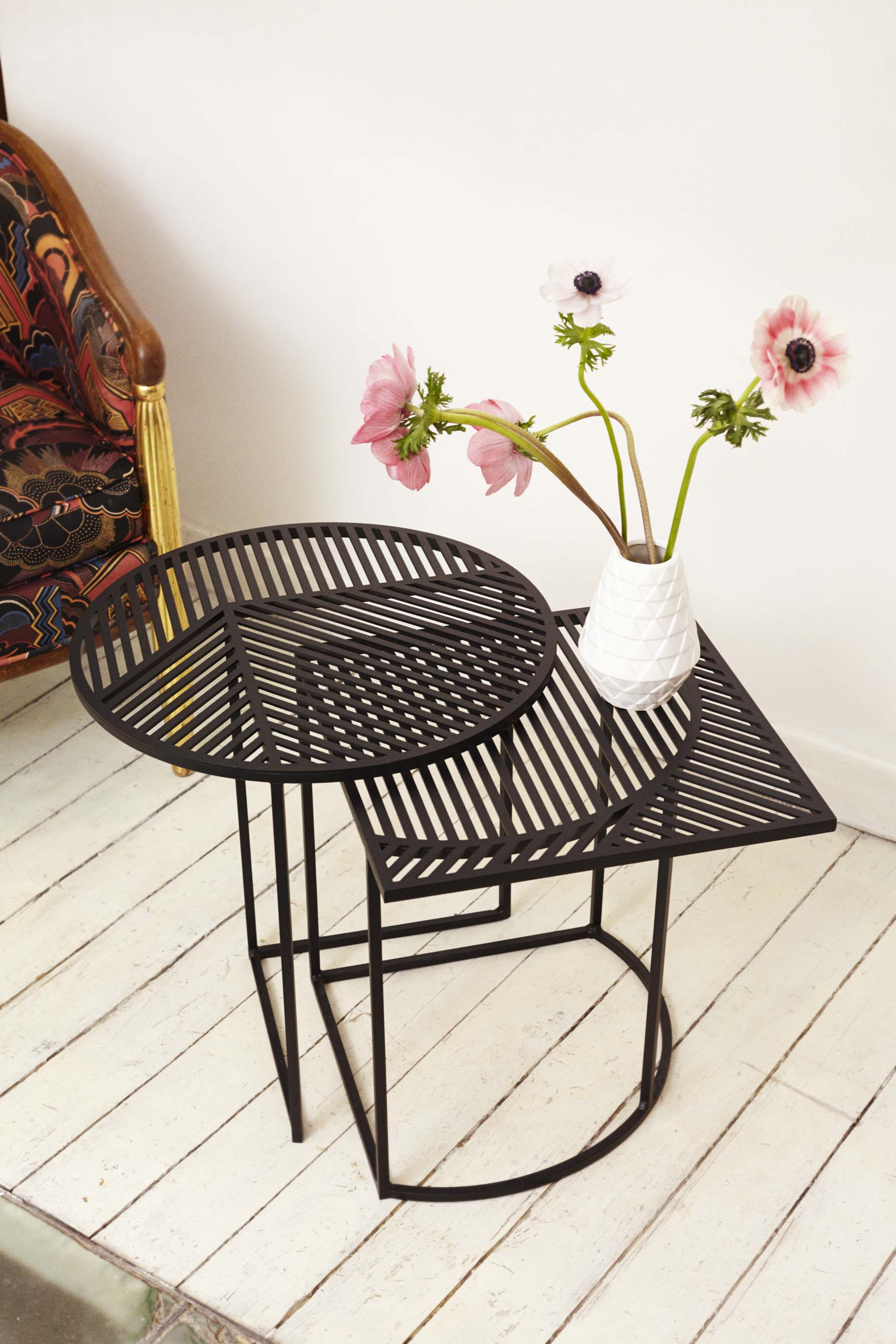 petite friture design esperluette. Black Bedroom Furniture Sets. Home Design Ideas